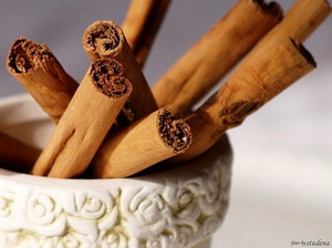 Aromaterapija - mirisne inspiracije Cimet-fotobystudena